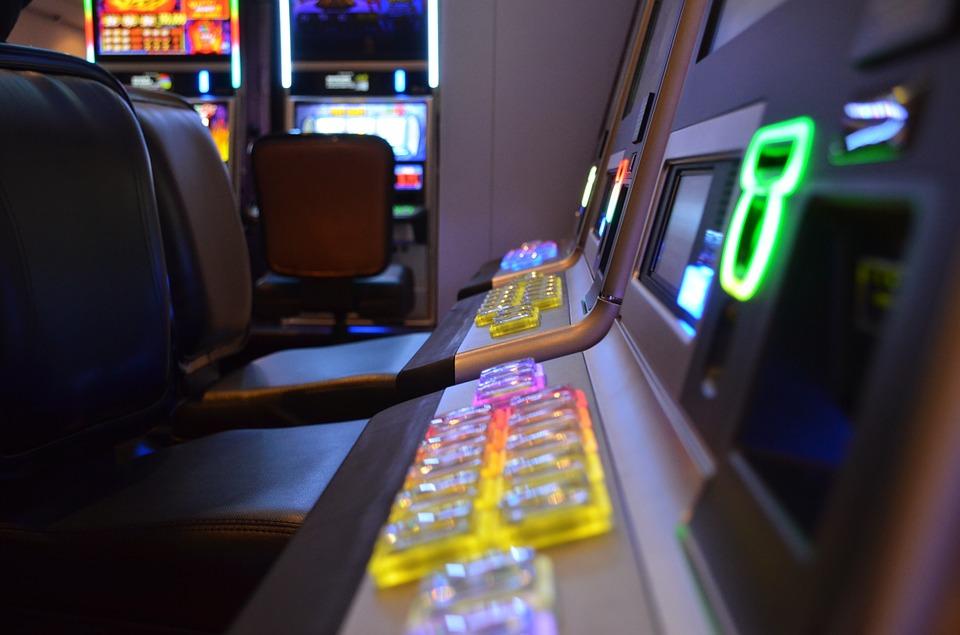 Spilleautomaterne vinder typisk over de klassiske kasinospil
